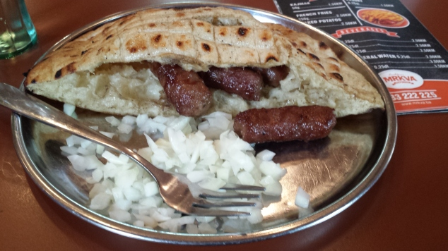 cevapcici cosa mangiare balcani