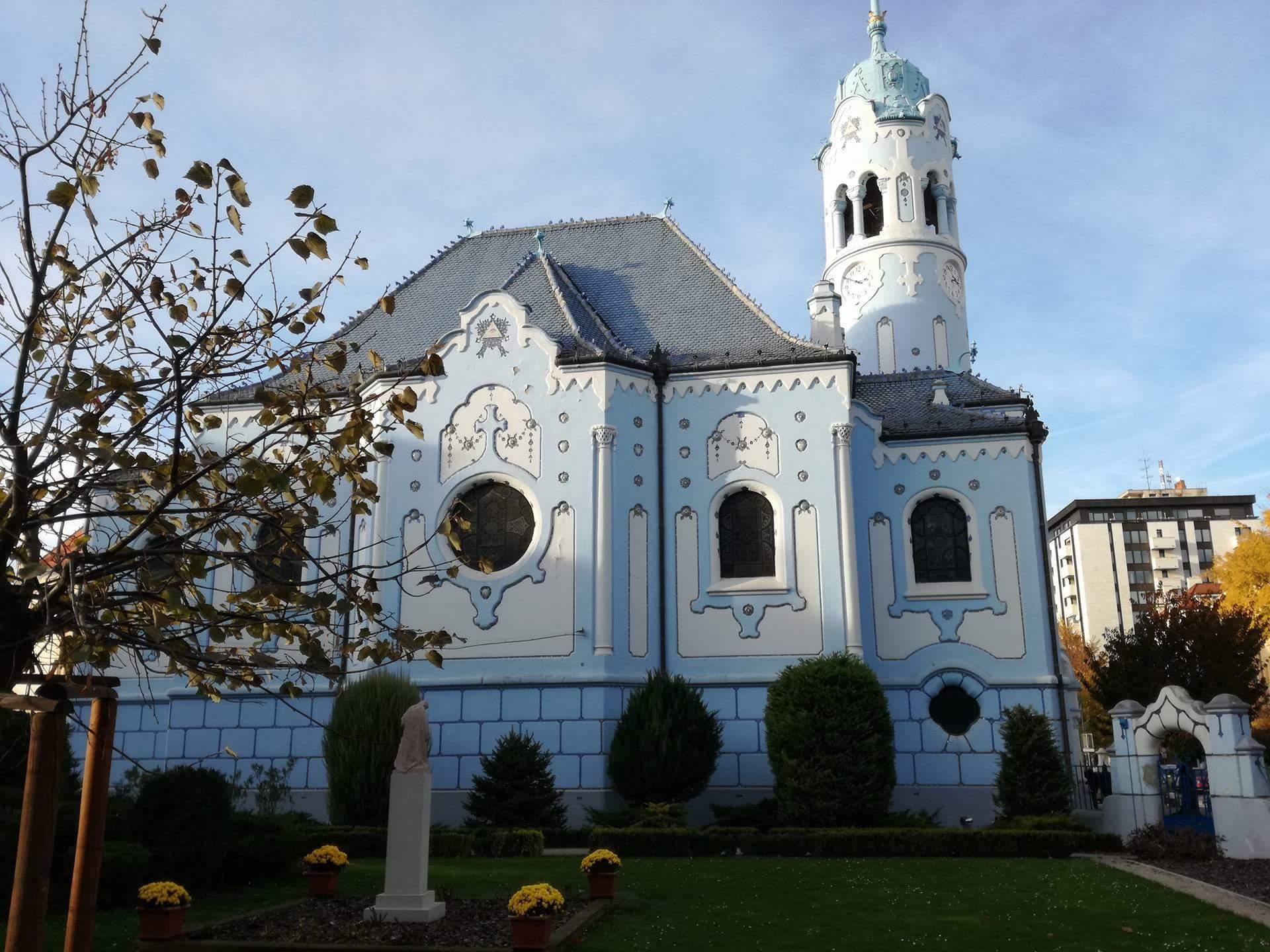 cosa vedere a bratislava chiesa blu