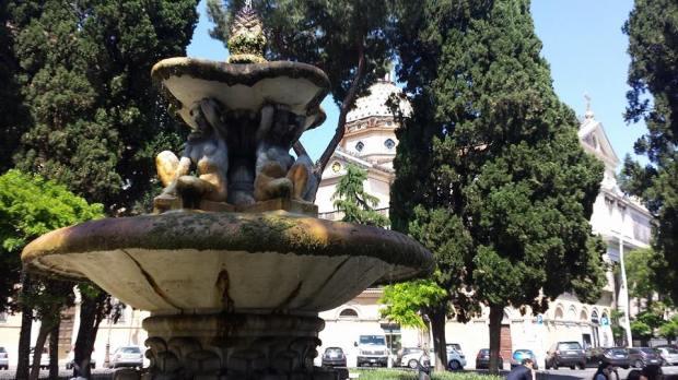 roma piazza dei quiriti