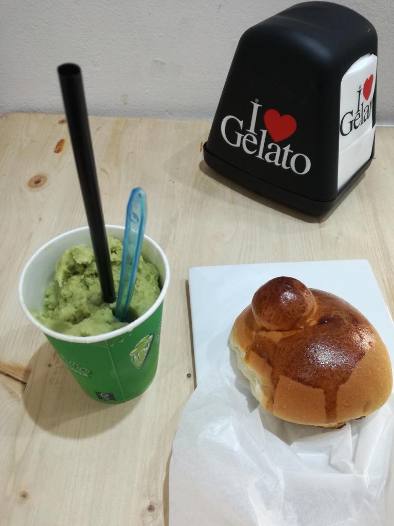 street food palermo granita brioche