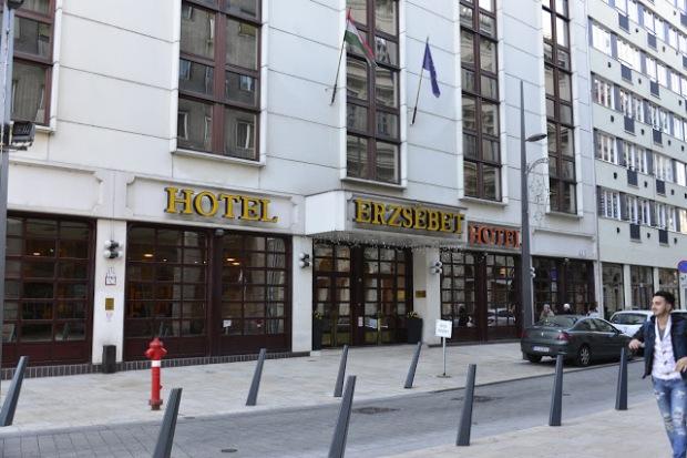 dove dormire a budapest erszebet hotel
