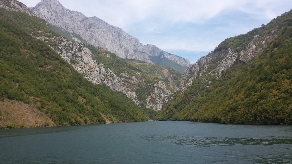 lago di koman albania