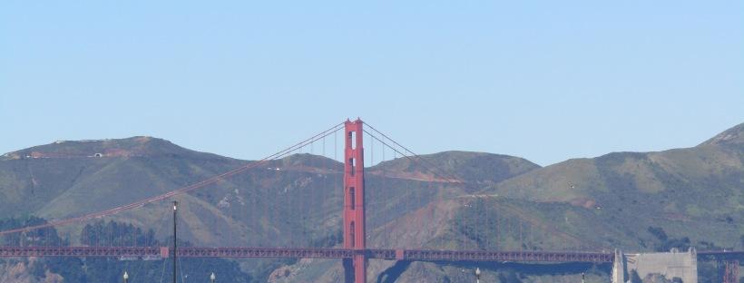 golden gate bridge di che colore è