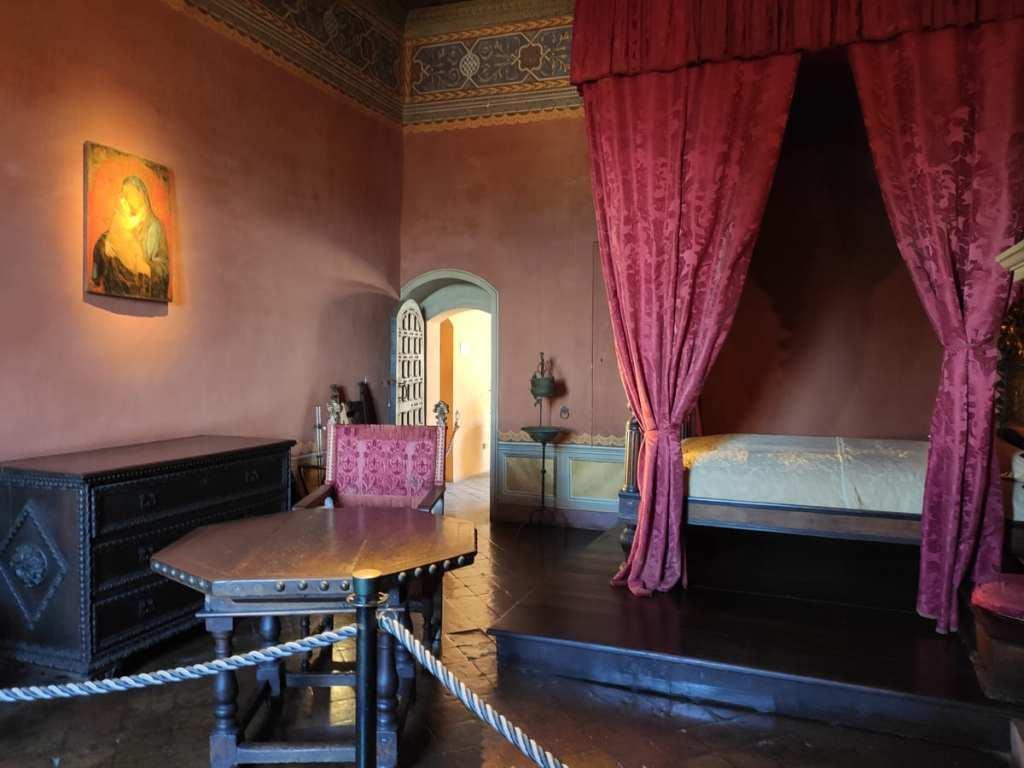 stanza rossa castello gradara