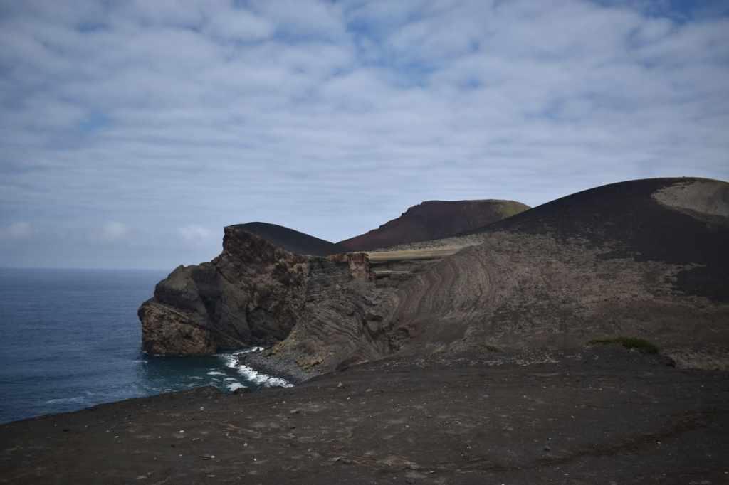 vulcano capelinhos faial